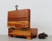 Vintage Cedar Jewelry Box - Souvenir Keepsake Box - Small Wooden Trinket Box