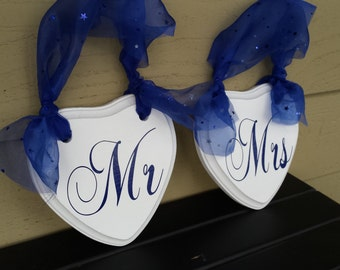 Wedding Chair Signs, Mr and Mrs Chair Signs, Wood Chair Signs, Heart Chair Signs, Wedding Signs, Bride and Groom Signs, Red and White Signs