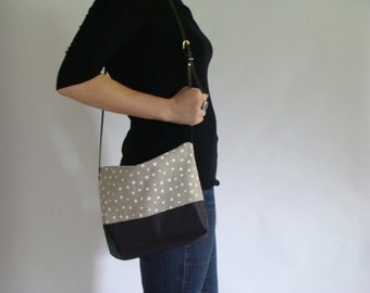 Cross body Bag with Pockets polka dots