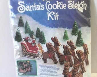 Vintage Wilton Santa's Cookie Sleigh NIP Unopened Christmas Cutters 1983