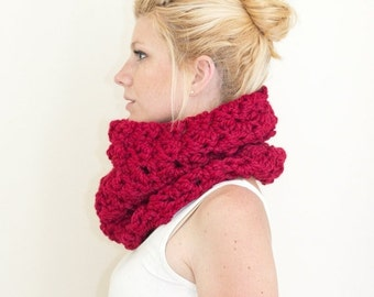 WINTER SALE The Chunky Cowl Neckwarmer  Scarf - red - Wool Blend