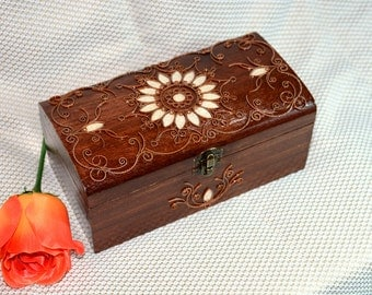 Jewelry box Ring box Wooden box Wood box Wedding gift ring jewellery box Wood carving Jewelry boxes Wood carving boxes box boite bijoux Q10