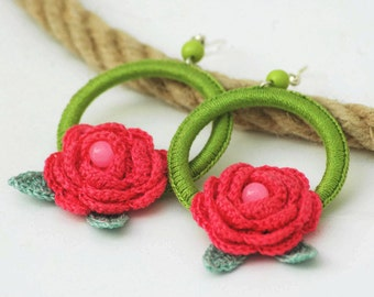 Hoop earrings with crochet roses and leaves