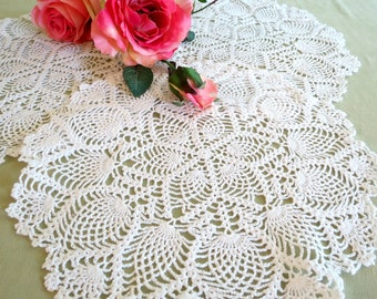 Vintage Crocheted Doilies, Set of 3 Round White Doilies, Pineapple Design, 11 in., Cottage Chic Decor, Vintage Linens by TheSweetBasilShoppe