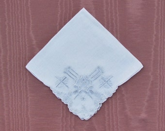 Vintage embroidered wedding hankie, hand embroidered handkerchief with drawnwork, linen hanky with Madeira embroidery
