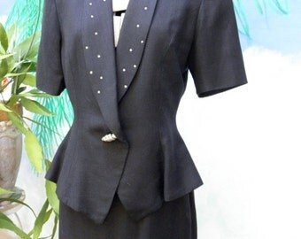 60% OFF 80's Short Sleeve Summer 2 Piece Black Linen Suit, AB Rhinestone Lapels, by Bicci, Womens, Professional, Preppy
