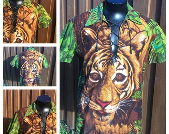 VINTAGE 1970s -- Lace Up -- V-Neck -- Tiger Print Shirt -- 70s Butterfly Collar