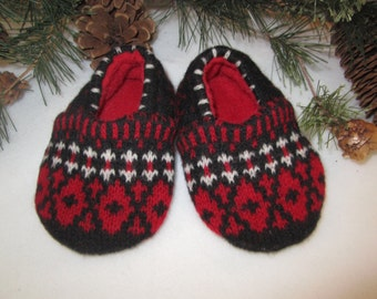 Baby boy's or girl's lambswool slippers fleece-lined two sizes RTS