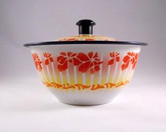 Vintage Bumper Harvest Enamelware Lidded Bowl Flowers Chippy