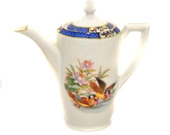 Vintage Porcelain Kitchen Table W Daffodils