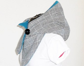 Hooded scarf - teal/black and white