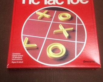 Pressman 1978 tic tac toe bintage board game/ vintage games