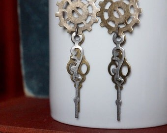 Steampunk Earrings, Steampunk Jewelry, Gear Jewelry, Dangle and Drop Earrings, Gear Earrings, Clock hand earrings, Clockhand Jewelry
