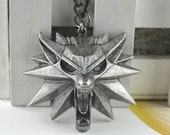 Pre- order The Witcher 3 Zinc alloy pendant with chain