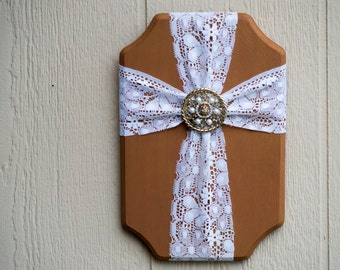 Cross wall hanging plaque lace