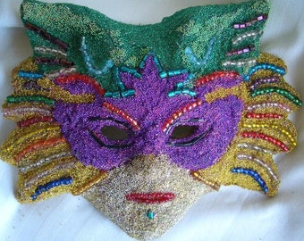 Katrnia Billion Beads Mask