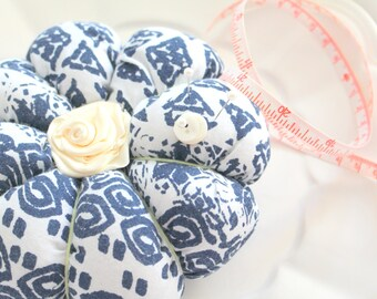 Handmade Round Plumpy Pin Cushion, Gifts for Her, Sewing Room Decor, Organizer