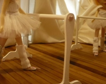 Furniture.  ballet bar for Blythe and Pullip 1: 6 scale