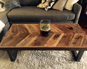 Reclaimed Wood Coffee Table with Chevron Pattern and Metal Legs