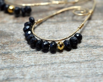 Gold teardrop hoop earring Tiny gemstone hoop earrings Bohemian hammered hoop AAA Black spinel earrings Wire wrapped gemstone spiral earring