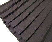 Vintage Petite Koret Black Pleated Skirt  Made in USA Size 14