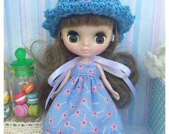 "Petite Blythe / Little Dal Outfit : ""Lavender Set"" (Dress and Crochet hat)"