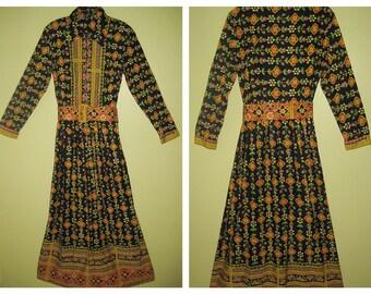 WILD PRINT MAXI Dress Bohemian 70s Goddess Boho Prarie Cowgirl Floral Crazy Design Wide Belt Mod Hippie Chic Vintage Front Zip Long Sleeve