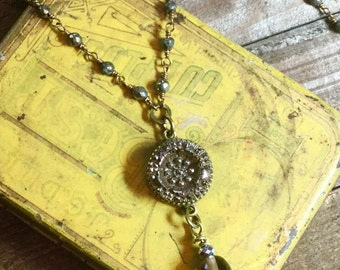 Victorian Silver Luster Petite Button Necklace
