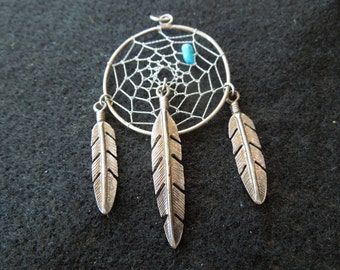 Vintage Dream Catcher Pendant, Larger Size, Wire with Turquoise and 3 Feathers, Vintage Pendant, Excellent Condition.