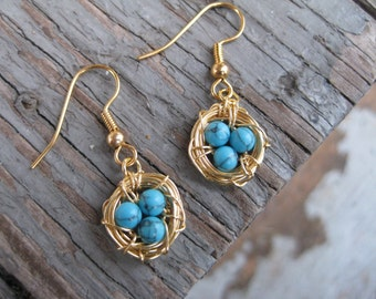 Gold Bird Nest Earrings with Turquoise Eggs, Robins Eggs Earrings in Gold / Robin's Egg Nest Earrings / Gold Bird Nest Earrings