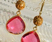 Faceted Pink Quartz Crystal Drops Vintage Gold Tone Ornate bead Earrings