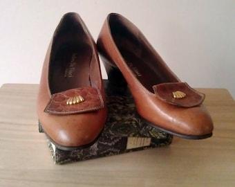 Size 39/40 EU - 9 US Vintage Women's Shoes/Vintage Italian Shoes/Leather Shoes/Brown Shoes/Medium Heels Shoes/Smart Casual Shoes/1980s Style