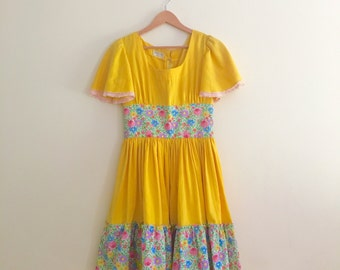 Vintage Boho Angel Sleeve Dress // Day Dress // Yellow & Pink Floral Dress