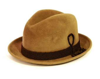 Beige Felt Fedora, Mens Fedora Size 6 3/4, Mens Hat Size S, Dobbs 5th Ave Fedora, Braided Cord Hat Band, Vintage 60s Mens Hat, Caramel Color