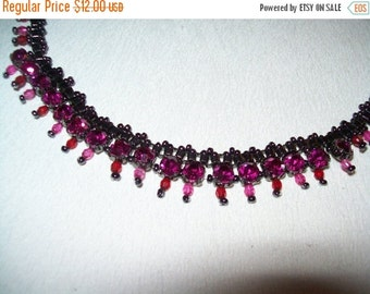 50% OFF vintage pink and black bead choker necklace