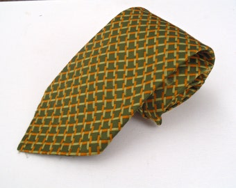 Vintage 1960s Green and Gold Woven Polyester Tie by Towncraft