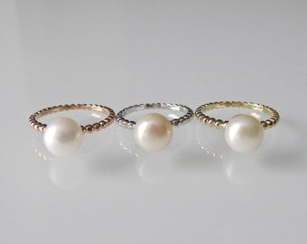 Ribbed Pearl Ring- Rose Gold Ring- Promise Ring- Silver Ring- Birthstone Ring- Freshwater Pearl Ring