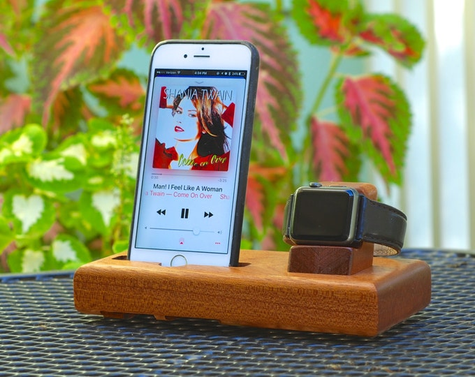 The EICHLER Tandem in MAHOGANY – Fits all iPhone Models and Watches - Leave your Case on - Boosts the Sound