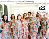 Set of 8 Floral Kimono Crossover patterned Robe, Bridesmaids Robes, Bridesmaids gift, Getting ready robes, Bridal shower favors, Photo prop