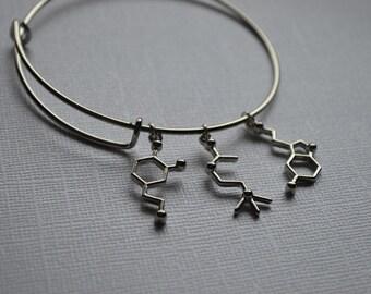 Biolojewelry - Neurotransmitter Dopamine Acetylcholein Serotonin Molecule Bangle Bracelet