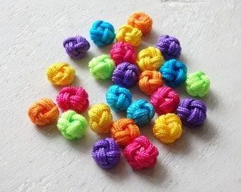 Chinese knots - FIESTA mix, 25 medium size brightly coloured Chinese knots, assorted Chinese knots in bright colours, 9-11mm knots - 25 pcs.