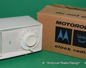 Motorola Retro Tube Clock Radio C21 Original Box Works Very Well Free Shipping Hear-See Video