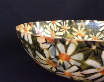 Vintage colorful plastic bowl - Flower Kitchen, Hippy. Mid Century retro