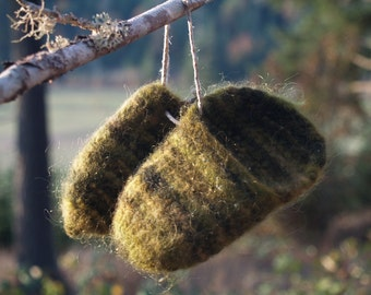 Soft Fuzzy Wool Hand Knit Felted Slippers for Toddlers Size 5.5