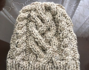 Hand knit / Hand made chunky knit cable winter hat toque