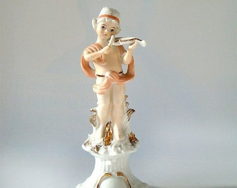 SALE Capodimonte Figurine Young violinist , Vintage Italian Porcelain Figurine boy with violin .