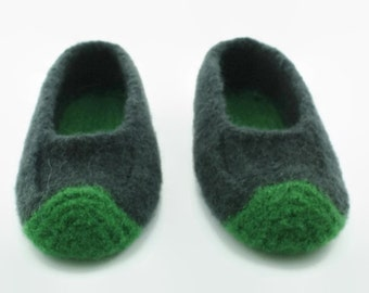 Child's felted wool slipper US size 3