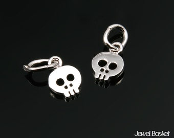 Skull Beads in Rhodium / 8.0mm x 5.5mm / BS220-P (2pcs)
