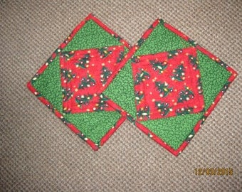 Quilted Pot Holders/Hot Pads - Christmas Trees on Red