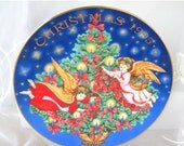 50% OFF SALE Avon Christmas 1995 Porclain Plate, Vintage Item, Angels and Christmas Tree, Peggy Toole, Trimming the Tree, Christmas, Holiday
